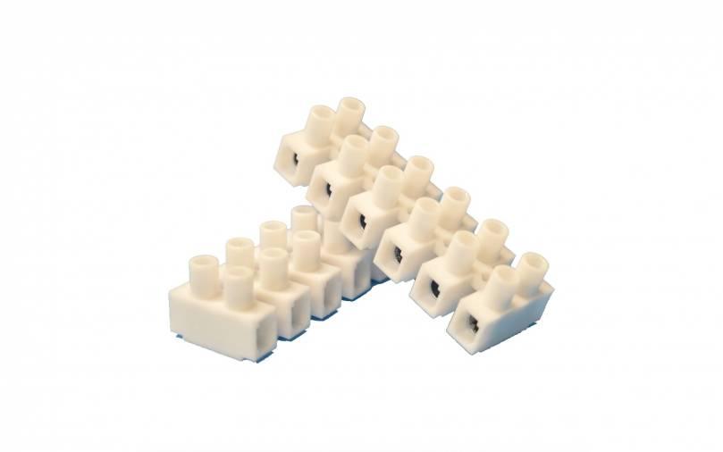 SparkPak A113 Connector Strip 15A Image 1
