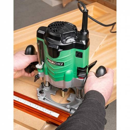 HiKOKI M12VE Variable Speed Plunge Router 1/2 Shank  Image 3