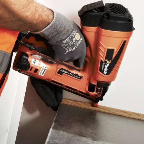 Paslode IM65A Angled F16 Gas Finishing Brad Nailer w/ 2 x 2.1Ah Batteries | SIIS SPECIAL Image 2