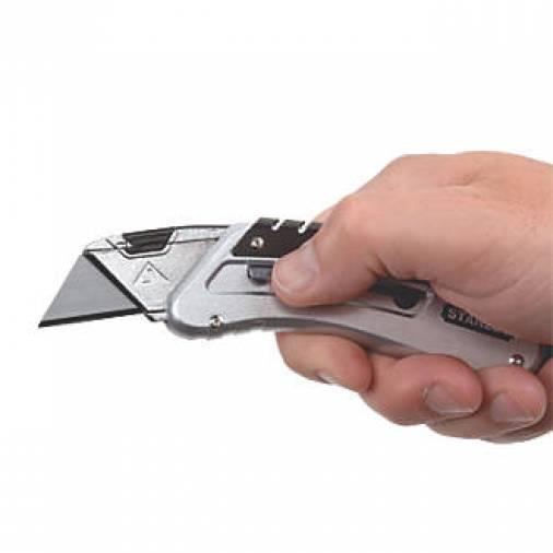 Stanley 0-10-810 Sliding Pocket Utility Knife Image 2