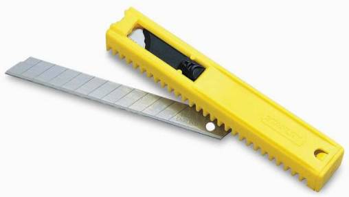 Added Stanley Snap-Off Knife Blades To Basket